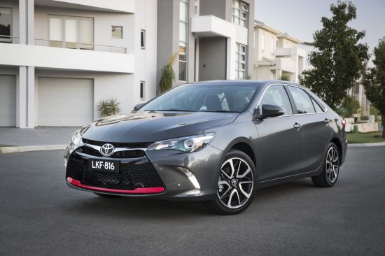 Toyota Camry Atara SX Facelift
