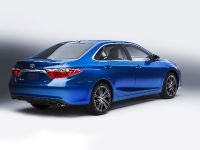 2016 Toyota Camry Special Edition, 2 of 3