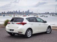 2016 Toyota Corolla Hybrid, 3 of 6