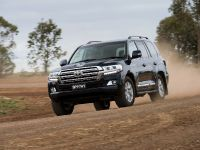 2016 Toyota Land Cruiser Facelift , 2 of 6
