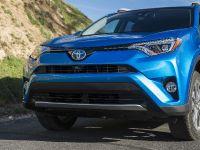 2016 Toyota RAV4 Hybrid, 13 of 53