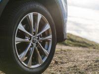 2016 Toyota RAV4 Hybrid, 29 of 53