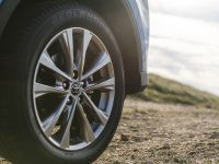 thumbnail image of 2016 Toyota RAV4 Hybrid