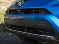 2016 Toyota RAV4 Hybrid, 32 of 53