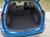 2016 Toyota RAV4 Hybrid, 34 of 53