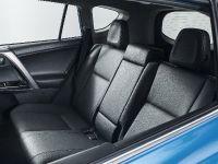 2016 Toyota RAV4 Hybrid, 39 of 53