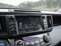 2016 Toyota RAV4 Hybrid, 42 of 53