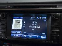2016 Toyota RAV4 Hybrid, 45 of 53