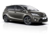 thumbnail image of 2016 Toyota Verso