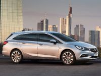 2016 Vauxhall Astra Sports Tourer, 2 of 6