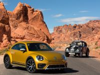 2016 Volkswagen Beetle Dune , 2 of 13