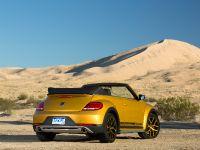 2016 Volkswagen Beetle Dune , 8 of 13