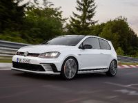 thumbnail image of 2016 Volkswagen Golf GTI Clubsport Edition 40