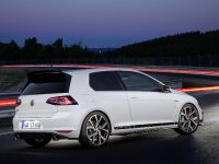 2016 Volkswagen Golf GTI Clubsport, 11 of 18