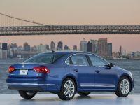 2016 Volkswagen Passat , 6 of 31