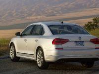 2016 Volkswagen Passat , 28 of 31