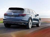 2016 Volkswagen T-Prime Concept GTE, 15 of 66