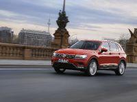 thumbnail image of 2016 Volkswagen Tiguan