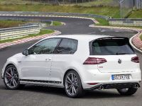 2016 Volswagen Golf GTI Clubsport S with a world record , 2 of 11