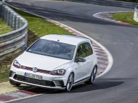 2016 Volswagen Golf GTI Clubsport S with a world record , 5 of 11