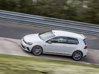 2016 Volswagen Golf GTI Clubsport S with a world record , 7 of 11