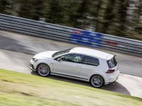 2016 Volswagen Golf GTI Clubsport S with a world record , 8 of 11