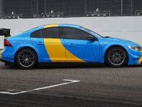 2016 Volvo S60 Polestar Art Car WTCC by Bernadotte & Kylberg , 3 of 10