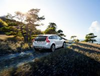 2016 Volvo V60 Cross Country, 4 of 8