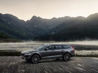 2016 Volvo V90 Cross Country , 2 of 7
