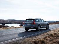 2016 Volvo V90 Cross Country , 3 of 7