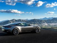 2017 Aston Martin DB11, 13 of 29