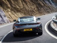 2017 Aston Martin DB11, 17 of 29