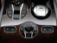 2017 Bentley Bentayga , 25 of 32