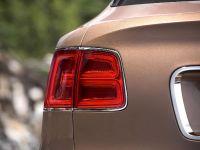 2017 Bentley Bentayga , 26 of 32