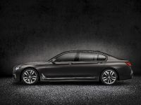2017 BMW M760Li xDrive, 5 of 23