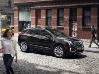 2017 Cadillac XT5 Luxury Crossover , 2 of 7