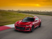 2017 Chevrolet Camaro ZL1 , 2 of 7