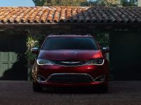2017 Chrysler Pacifica, 1 of 58
