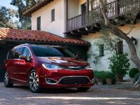 2017 Chrysler Pacifica, 4 of 58