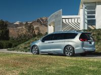 2017 Chrysler Pacifica, 31 of 58