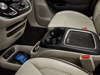 2017 Chrysler Pacifica, 44 of 58
