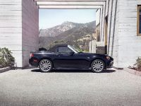 thumbnail image of 2017 Fiat 124 Spider