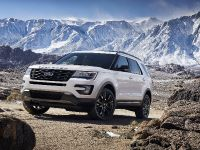 2017 Ford Explorer XLT Appearance Package, 3 of 19
