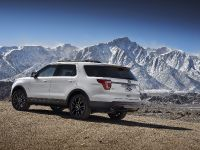 2017 Ford Explorer XLT Appearance Package, 9 of 19