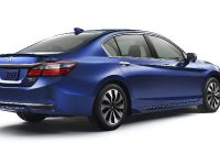 2017 Honda Accord Hybrid , 2 of 12