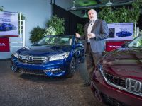 2017 Honda Accord Hybrid , 10 of 12