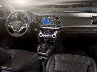2017 Hyundai Elantra , 4 of 5