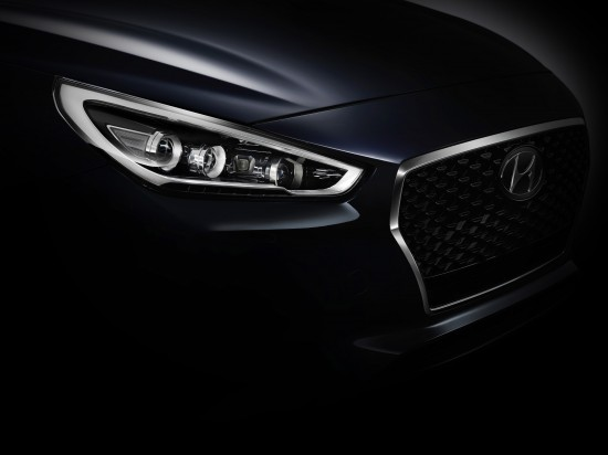 Hyundai i30 Teaser Images
