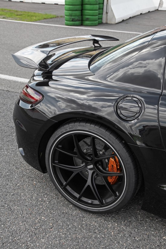 Inden Design Mercedes-AMG SLS