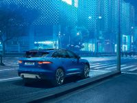 2017 Jaguar F-PACE, 18 of 32